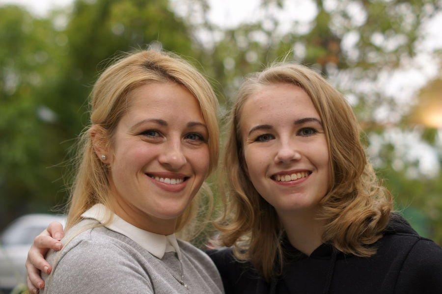 Seit August 2017 unsere Auszubildenden: Oksana Brodunova und Luisa Linnenbaum Vilaca.